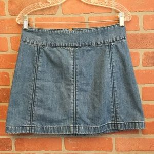 Free People women's denim skirt size 6 (OO36)